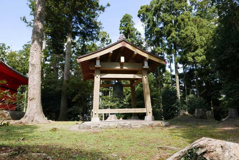 松島四大観麗観(富山)富山観音堂のわきの梵鐘写真