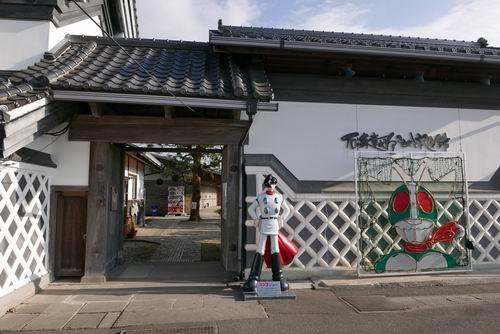 石ノ森章太郎ふるさと記念館入場口周辺